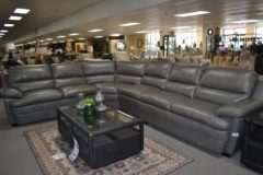 1909817 4pc Reclining Sectional
